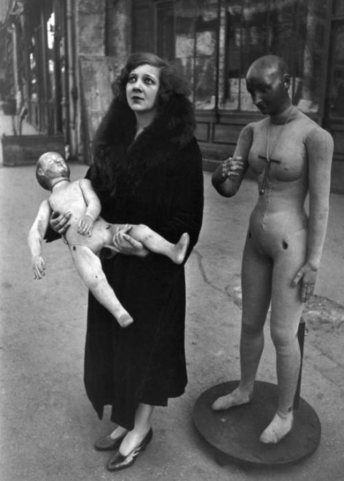 Leonor Fini by Henri Cartier-Bresson